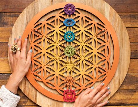 flor de la vida y chakras